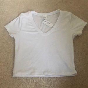 Cropped white v-neck tee